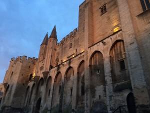 Avignonin paavien palatsi